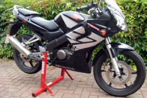abba Stand on Honda CBR 125