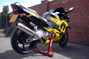 abba Stand on Honda CBR600