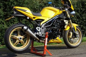 abba Stand on Triumph Speed Triple