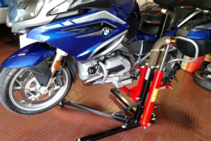 abba Sky Lift on BMW R1200RT